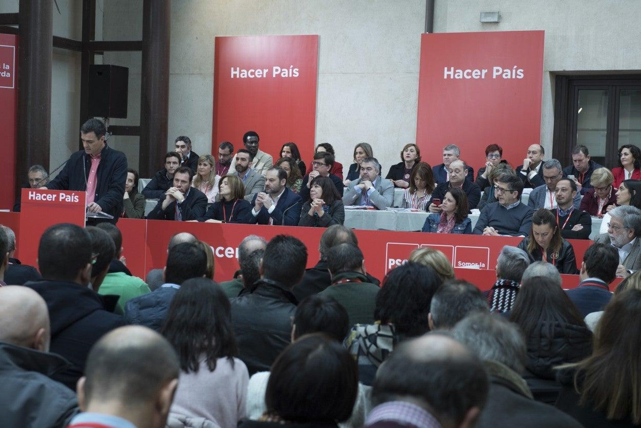 El \'federalista\' Sánchez acaba con el federalismo del PSOE para ...