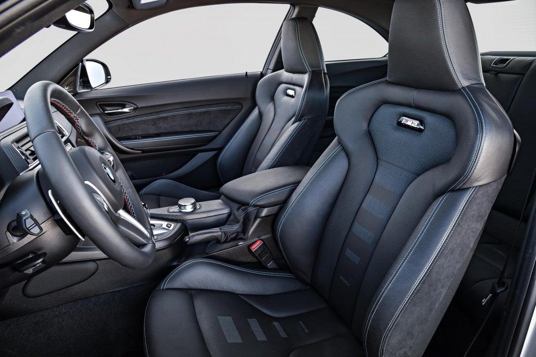 BMWM2 Competition-interior