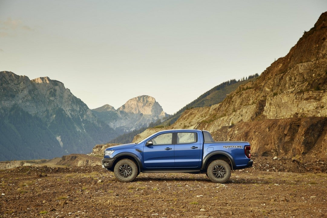 Nuevo Ford Ranger Raptor-lateral