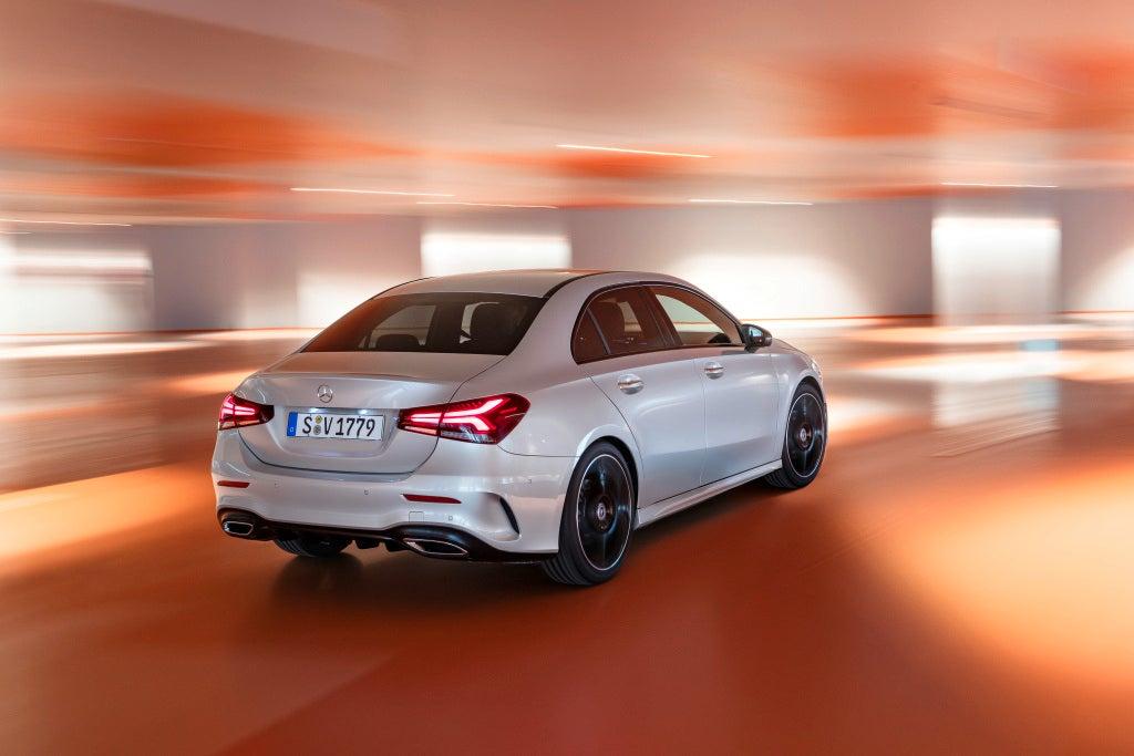 Nuevo Mercedes-Benz  Clase A sedan-trasera