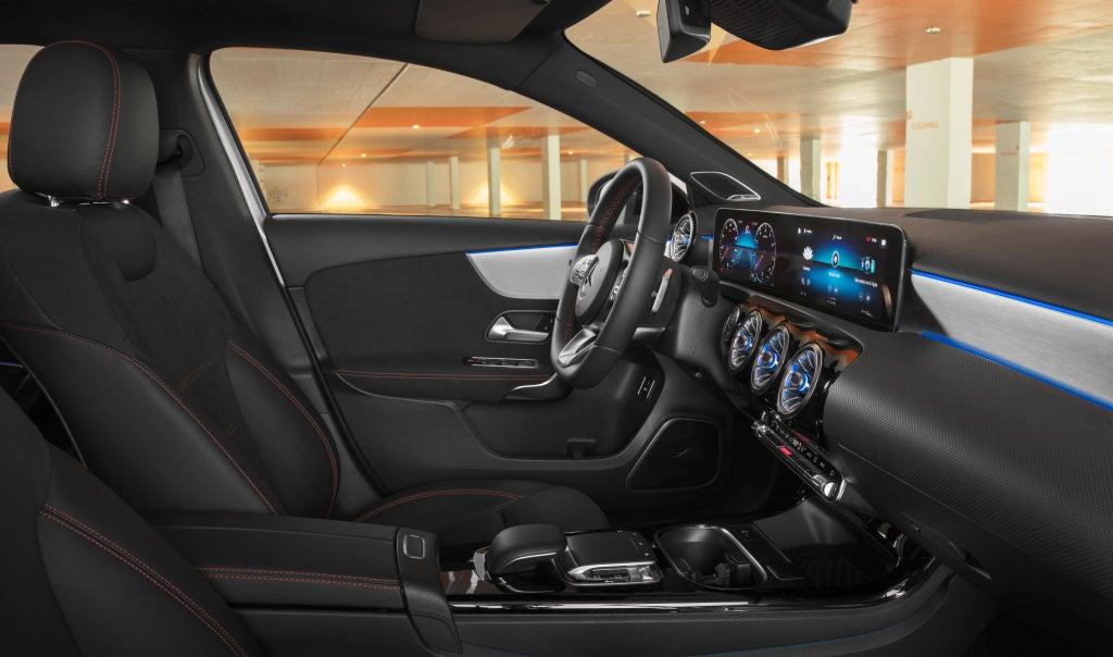 Nuevo Mercedes-Benz Clase A Sedan-interior
