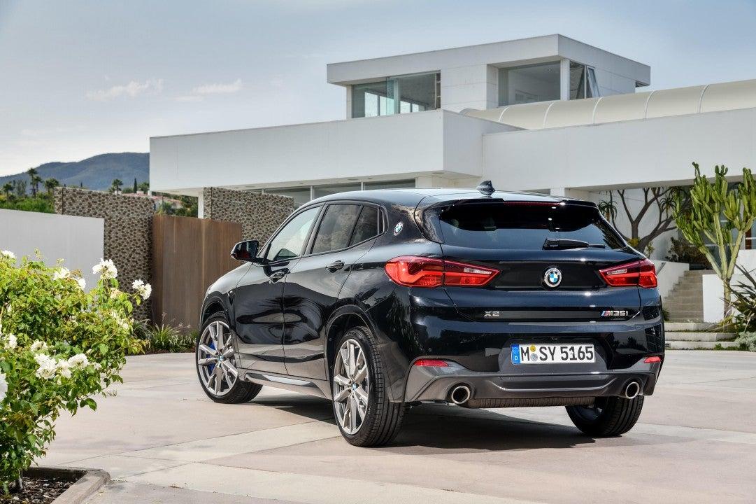 Nuevo BMW X2 M35-trasera