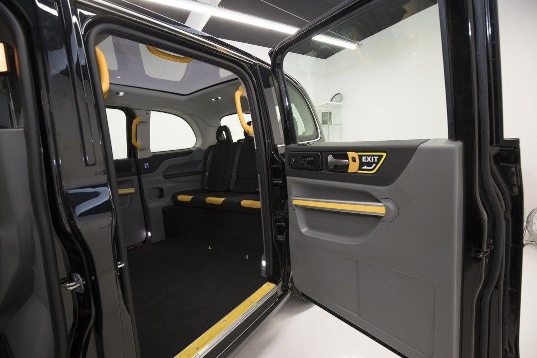 Nuevo TX eléctrico-interior