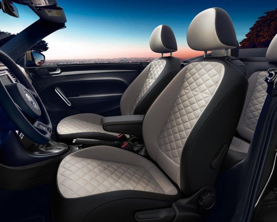 Volkswagen Beetle Convertible Final Edition 2019-interior