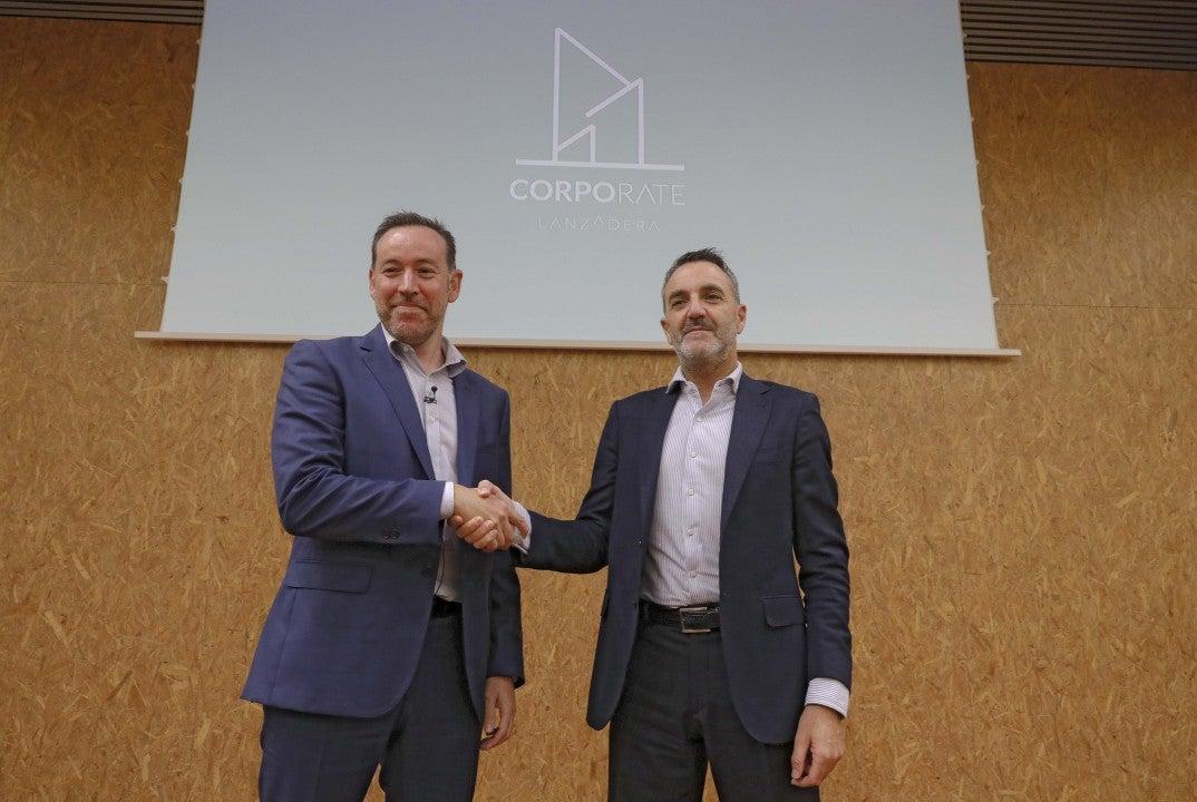El CIO de Volkswagen Group España Distribución, Miguel Ángel Iglesias, y el director general de Lanzadera, Javier Jiménez