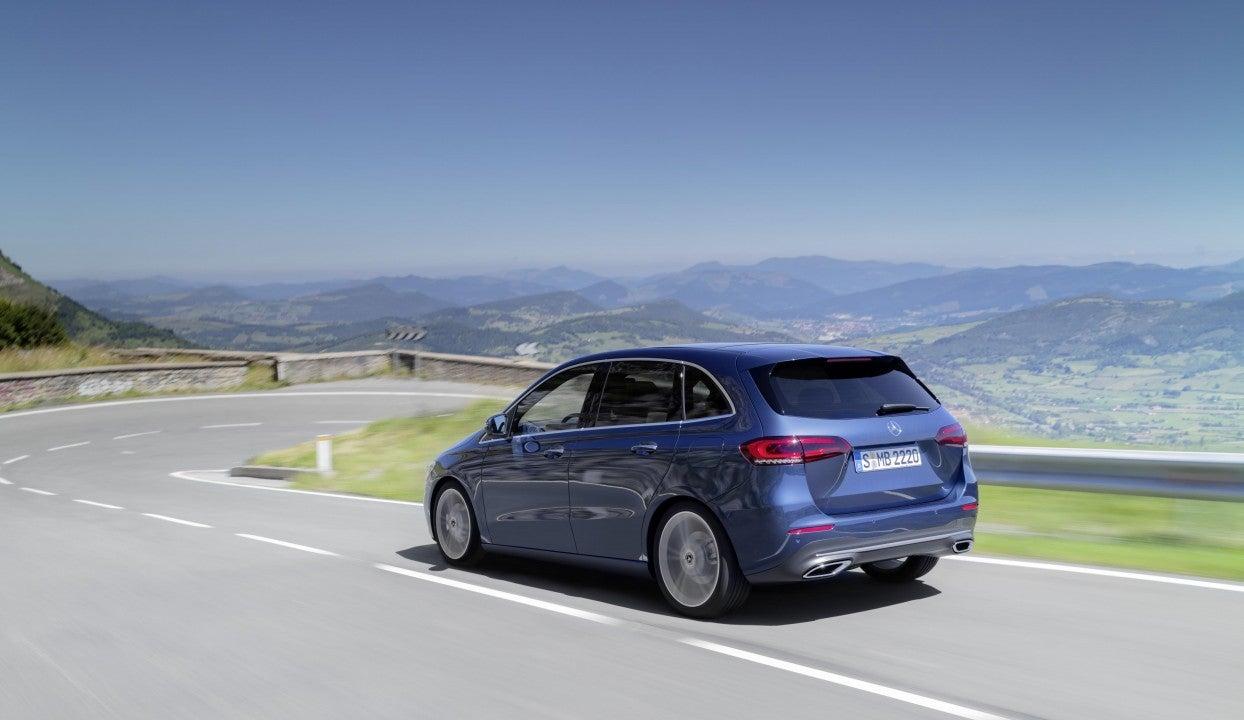 Nuevo Clase B de Mercedes-Benz-trasera