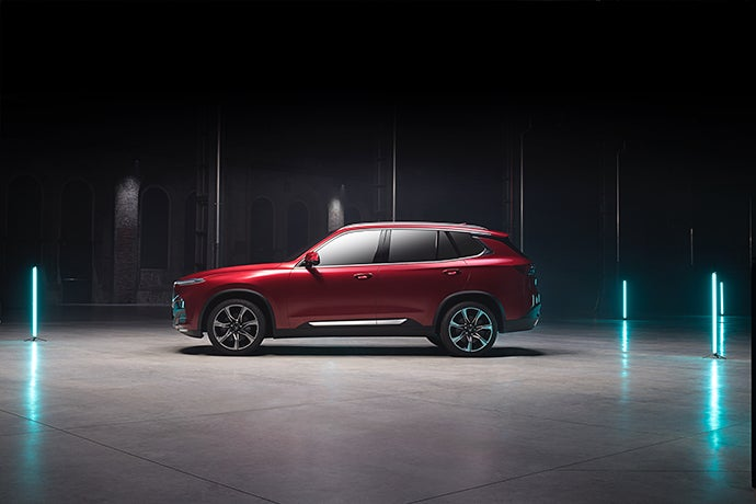 VinFast LUX SA2.0 SUV-lateral