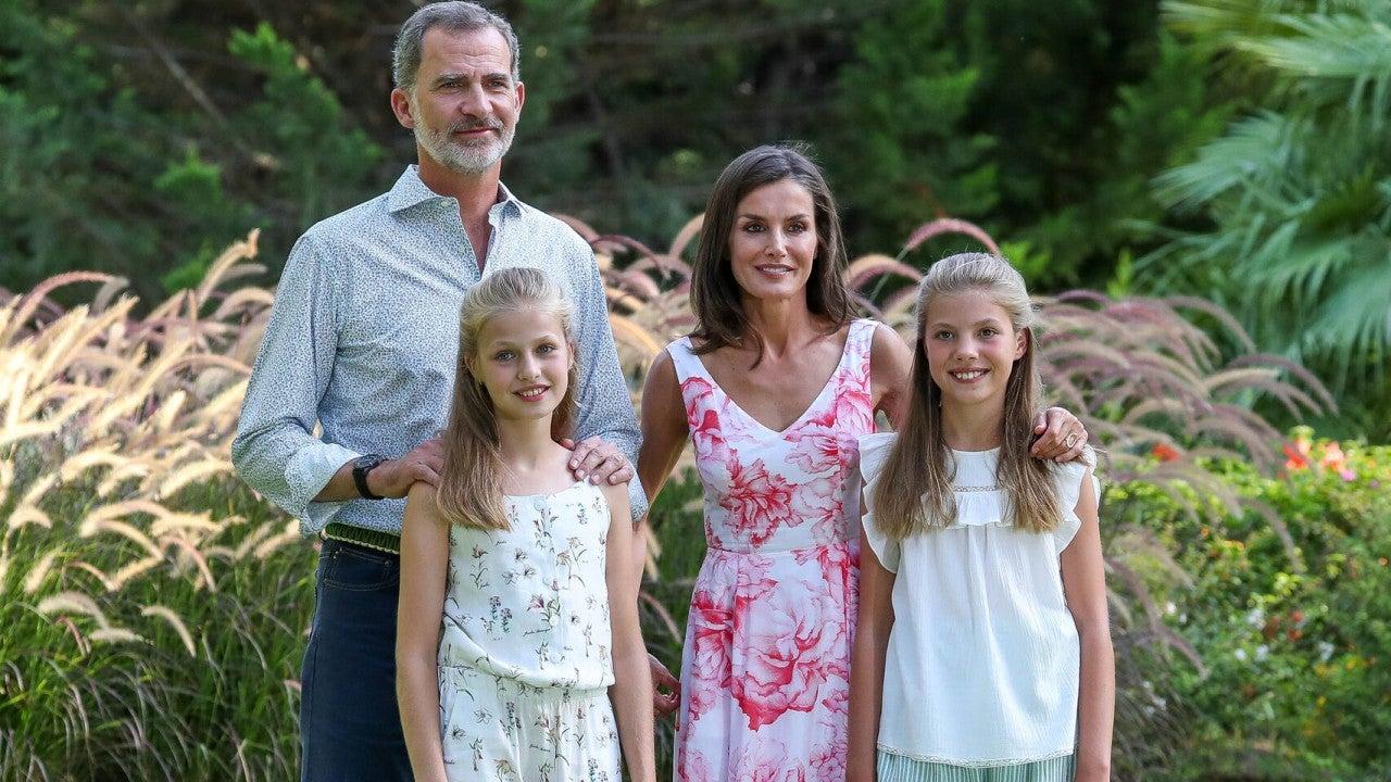Los Reyes y sus hijas en Palma de Mallorca