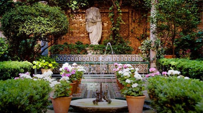 Los 7 jardines secretos de madrid por donde no pisan los for El jardin de los secretos
