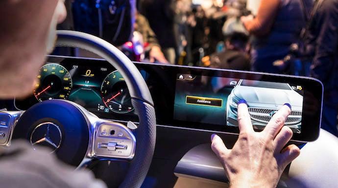 Mercedes Benz Clase A y User Experience, ¡hola Merche!