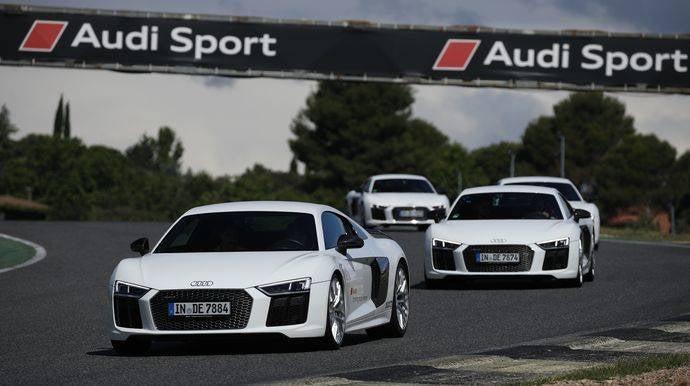 Audi se viste de asfalto con la Driving Experience