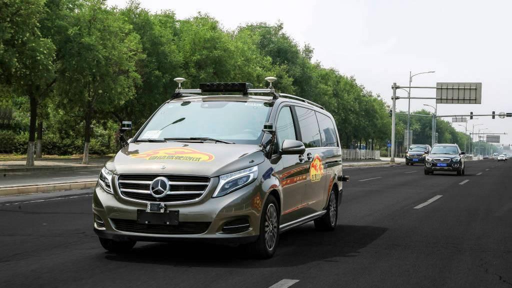 Daimler prueba la conducción autónoma en carretera  en China