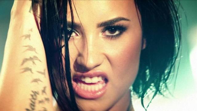 Internan de urgencia a Demi Lovato por presunta sobredosis de heroína