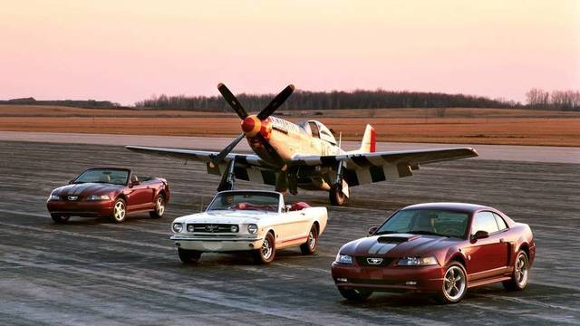 2018/08/08/md/43065_200-ford-mustang-anniversary-edition-and-165-mustang-with-p-51.jpg