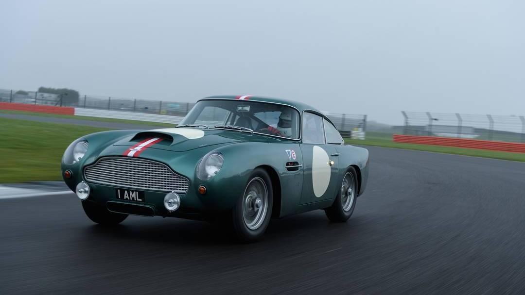 El Aston Martin DB4 cumple 60 años
