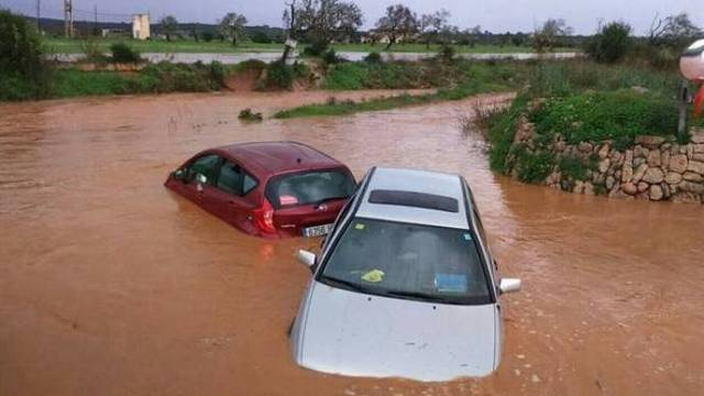 Graves inundaciones en Mallorca tras desbordarse un torrente