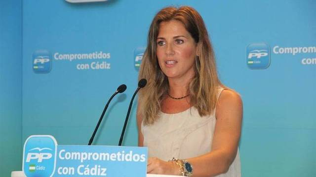 Una diputada del PP andaluz sale en defensa de Escudero y los amigos de Rufián la linchan