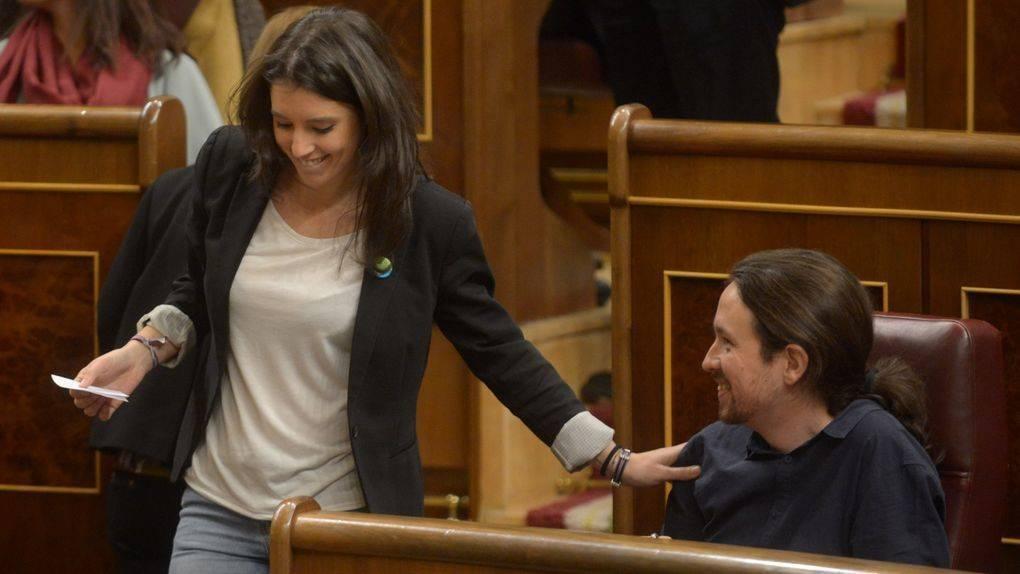 Iglesias Y Montero Aumentan Su Sueldo 3 000 Euros Para El Chalet Esdiario