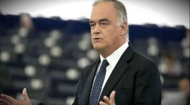 Pons da una lección al vicepresidente socialista de la UE por entrometido y sectario