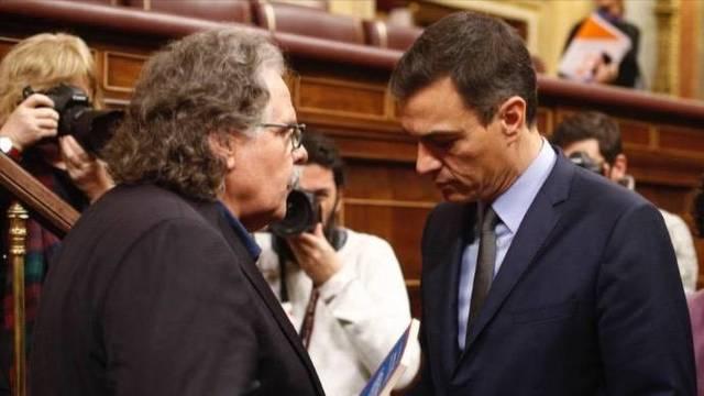 ERC confiesa su `chantaje` a Sánchez: referéndum de independencia y ayudar a los `presos políticos`