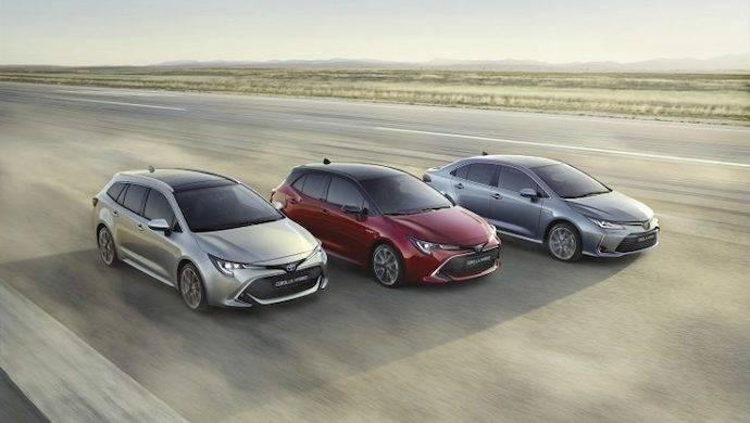 El Corolla estrena la doble opción híbrida en Toyota