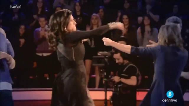 A Malú no le puede sorprender la espontaneidad de Pausini que ya comprobó en La Voz