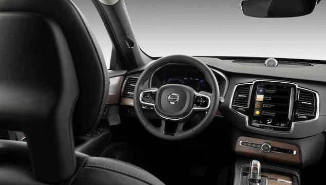 Volvo desarrolla una llave que impone límites de velocidad a sus autos