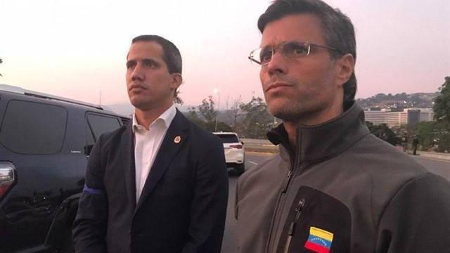 Chavistas buscan