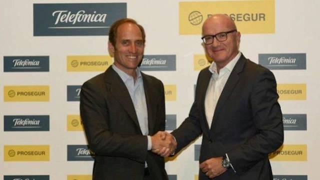 Telefónica compra la mitad del negocio de alarmas de Prosegur