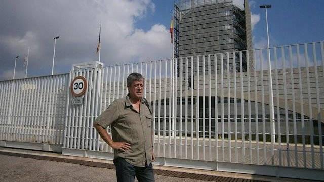 """El cantautor de Compromís muy """"cabreado"""" con """"los suyos"""" - ESdiario"""