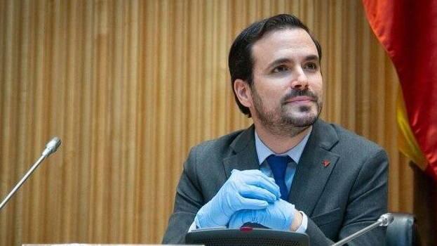 Indignación total por la «canallada» de Garzón: «No merece ser ministro»