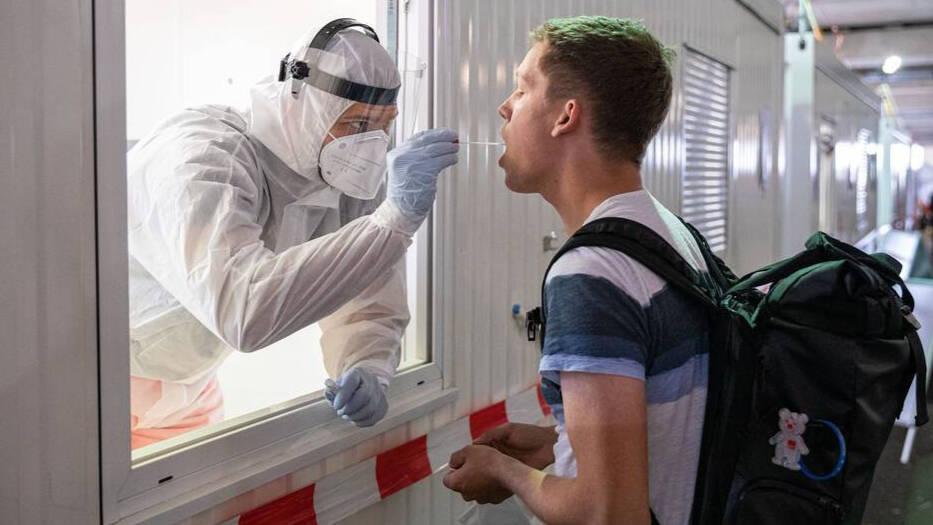 Un experto asegura tener la clave para acabar con el virus de un plumazo