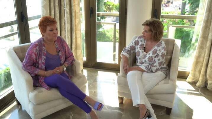 """María Teresa Campos pide perdón a Terelu por ser una """"dificultad"""" en su vida"""