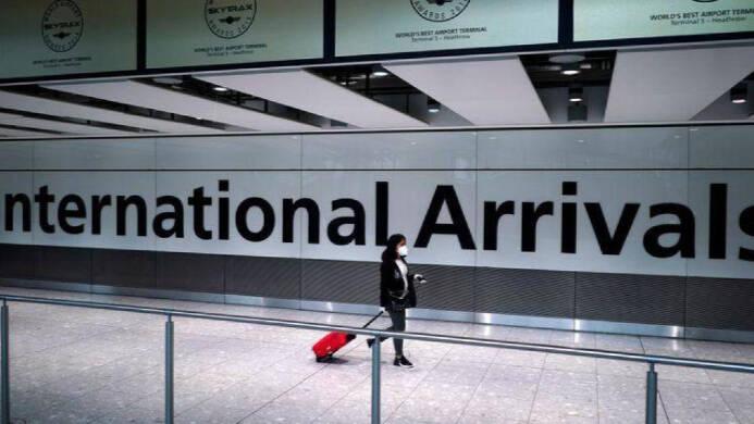 Reino Unido sigue en contra de los viajes a España